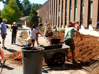 Spruce Up Day at Elmwood School